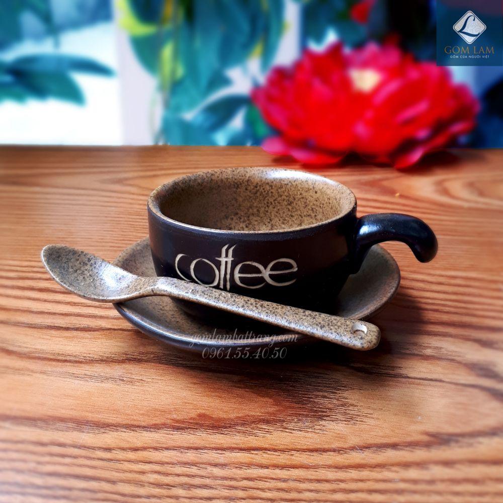 coc-su-bat-trang-coc-tach-coffee-nau-da-luon-kem-thia-gom-lam