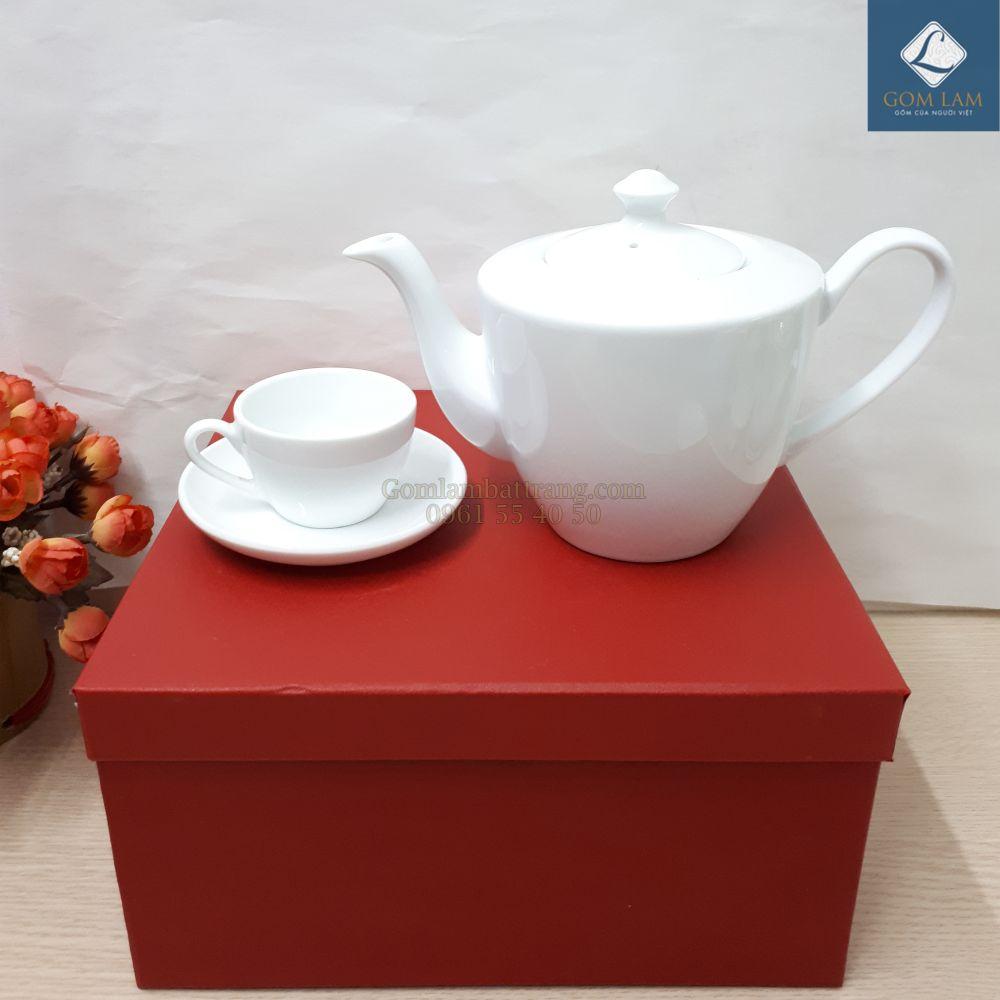 am-chen-su-trang-dang-chu-v