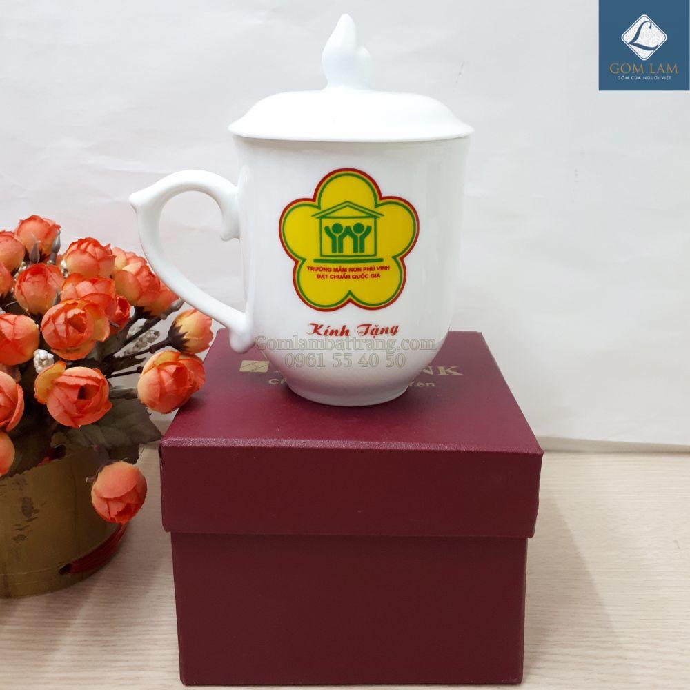 coc-su-trang-in-logo-doanh-nghiep-coc-chop-lua-co-nap