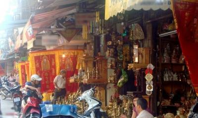 Các lưu ý khi mua đồ thờ phố Hàng Quạt