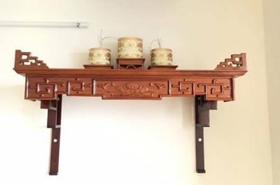 Gia chủ nên đóng hoặc mua bàn thờ gỗ ở đâu thì tốt?